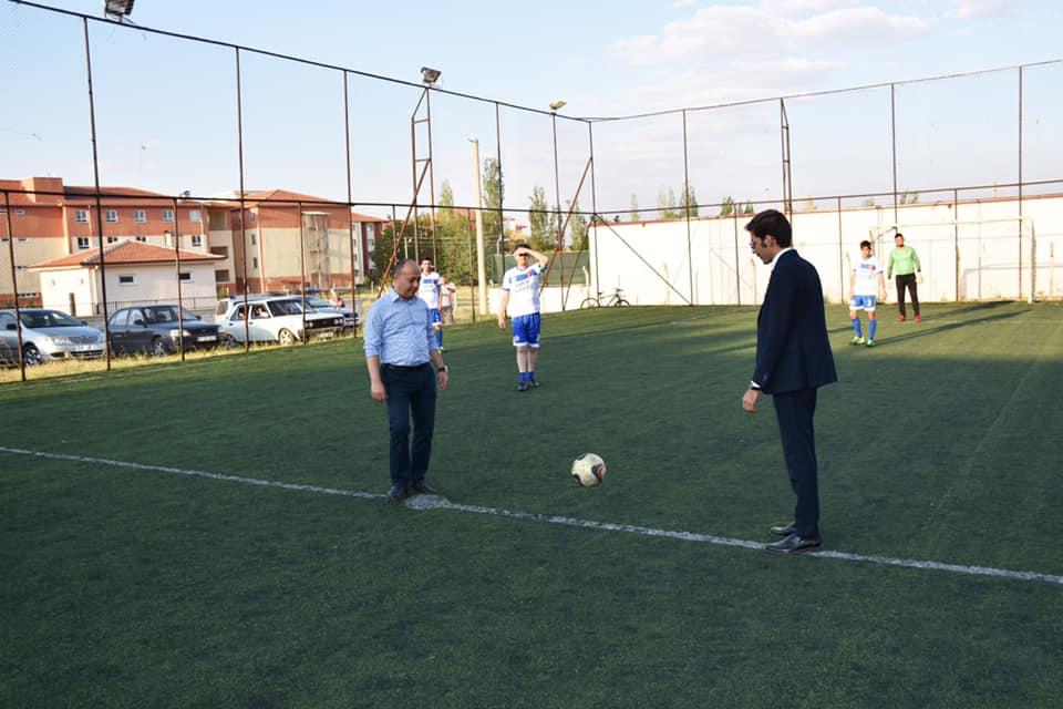 Dazkırı'da Futbol Turnuvasında İlk Düdük çalındı