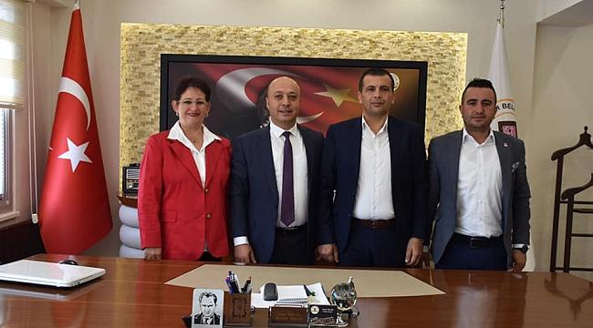 Denizli Babadağ Belediye Başkanı Ali Atlı, Başkan İsmail Taylan'ı Ziyaret etti