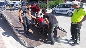 Dinar'da Trafik Ekiplerince Uygulama Yapıldı