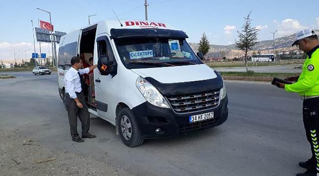 Dinar'da Taşımalı Araçlar Denetlendi