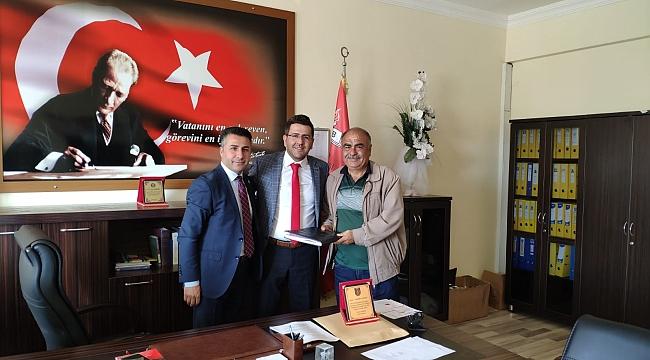 Dinar Fen Lisesinde Yeni Başkan Mahmut Taşkoparan oldu