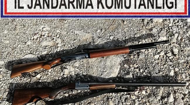 Dinar Çayüstü Köyünde Ruhsatsız İki Tüfek Yakalandı