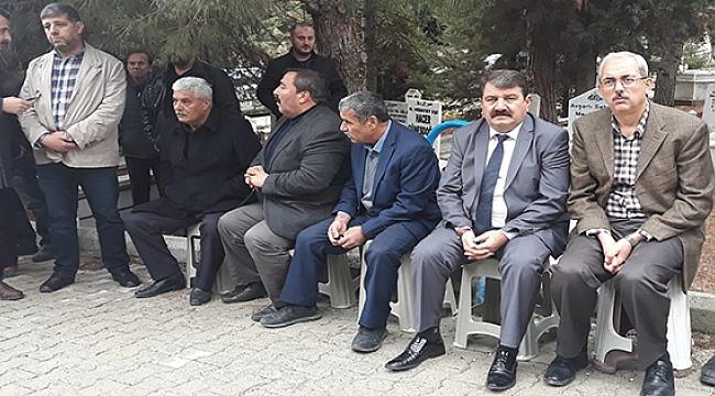 Başkan Sarı ve MHP'liler Acar'ı Yalnız Bırakmadı