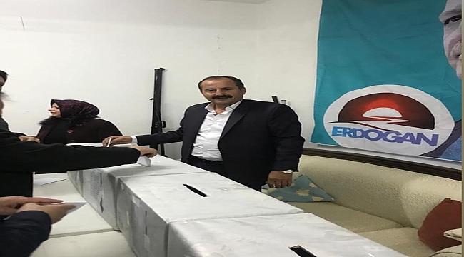 Dinar Ak Parti Delegelerini Seçiyor