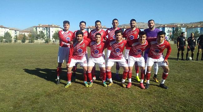 Dinar Belediye Spor Ligin 1. Devresini Galibiyetle Tamamladı