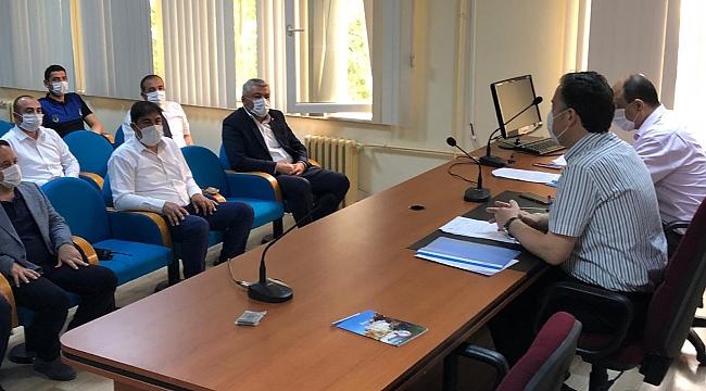 Dinar'da Sokağa Çıkma Yasağı İle Toplantı