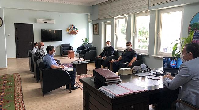 Dinar'da Liselere Geçiş Sınavı Toplantısı Yapıldı