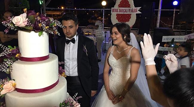 AK Partili Neşe Taşpınar'ın KızınınGörkemli Düğünü