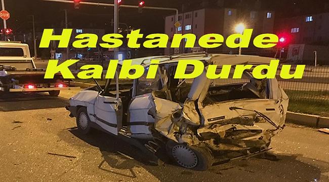 Freni Patlayan Kamyonet 2 otomobile çarptı