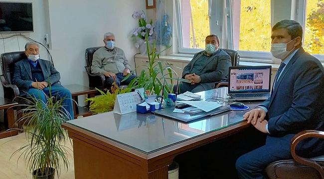 MustafaKarahan Öğretmenler Gününde Müdürü Ziyaret Etti