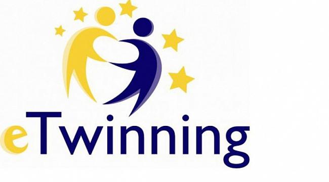 Dinar'da Görev Yapan Öğretmenlerimizin eTwinning Projesi Kabul Edildi