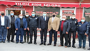 Dinar'da Muhtarlar Polislere Sofra Kurdu