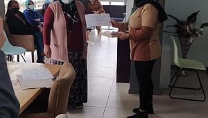 Mum Yapımı Kursiyerleri sertifikalarını aldı