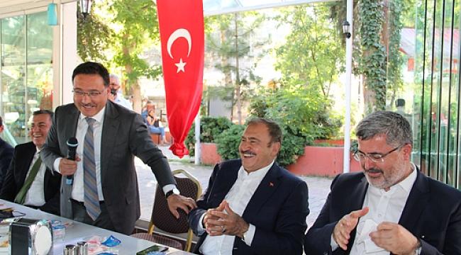 Dinar'da Resmi bayramlaşma programı gerçekleşti