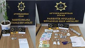 İki Farklı Adrese Uyuşturucu Operasyonu
